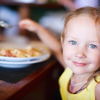 CHILDREN EAT FREE AT FUTURE INNS
