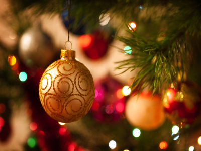 Spread the festive cheer: Office Christmas Decorating Tips