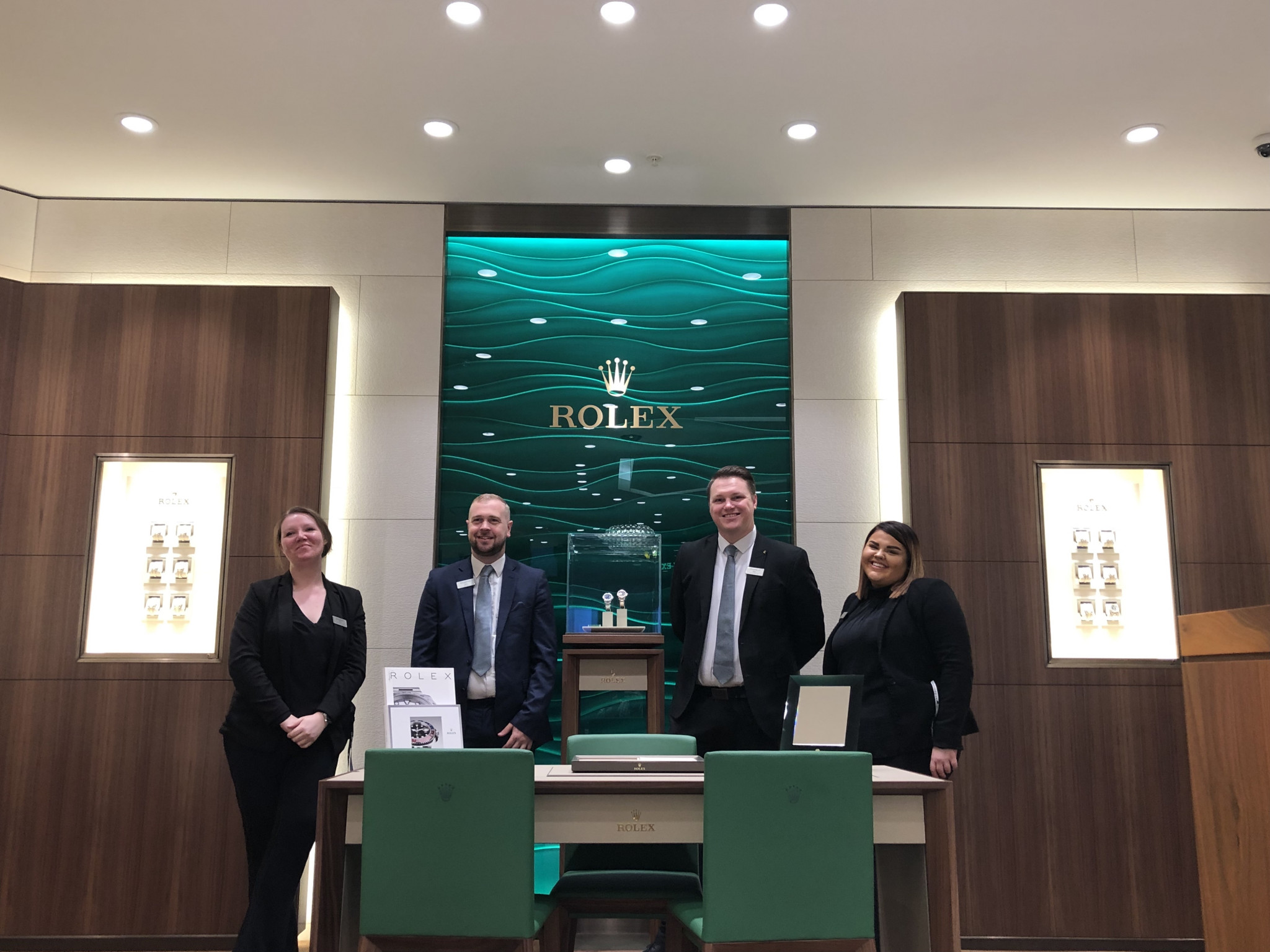 GOLDSMITHS UNVEILS NEW AND IMPROVED CABOT CIRCUS SHOWROOM FEATURING LUXURY BRANDS