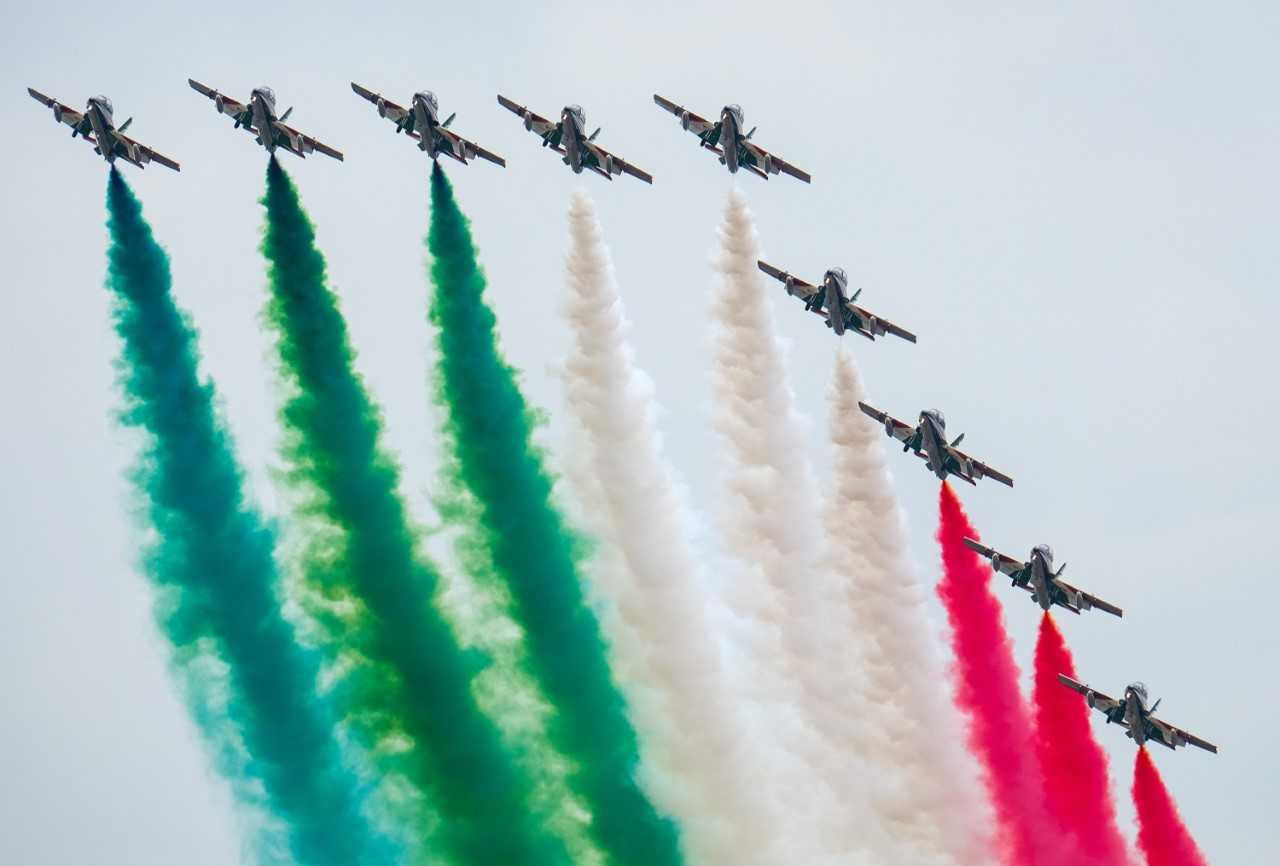 AIR TATTOO TURNS THE SKY RED, WHITE AND GREEN WITH EXHILARATING FLYING DISPLAY