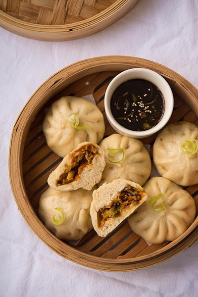 Recipe: Vegetable Baozi Steamed Chinese Buns