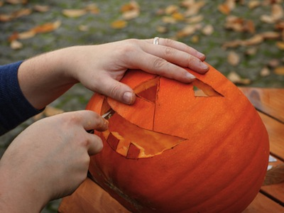 Total Guide to Pumpkin Carving